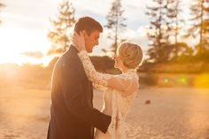Lake Tahoe Inspires Winter Wedding Luxury: Strictly Weddings is thrilled to showcase gorgeous winter wedding styled shoot in Lake Tahoe from Natasha Gillett.