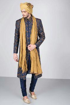 EKAKSH - navy blue sherwani with antique gold zardozi embroidery Mens Indian Wear, Mens Ethnic Wear, Indian Groom Wear, Indian Men Fashion, Punjabi Fashion, Men's Fashion, Blue Sherwani, Sherwani Groom, Mens Sherwani