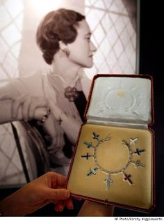 The Duchess of Windsor's Jewels.  always has been one of my favorite pieces of jewelry!