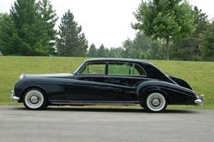 (via 1964 Rolls-Royce Phantom V James Young … | Sexy Cars and Grand Hous…)