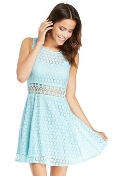 DailyLook: RAGA Lace Fit and Flare Dress in Turquoise XS - L