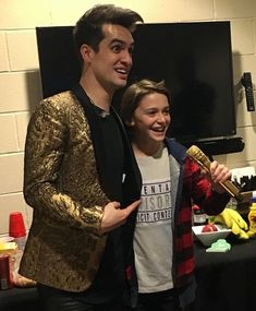 Panic! At the Disco, and Noah Schnapp! <-- They both look like they just met their idols, that's the best thing I'll see today (besides Patrick Stump)