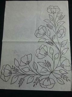 Salud Tutorial and Ideas Border Embroidery Designs, Floral Embroidery Patterns, Embroidery Flowers Pattern, Vintage Embroidery, Embroidery Art, Embroidery Stitches, Machine Embroidery, Embroidery Sampler, Flower Art Drawing