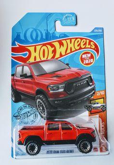 Hot Wheels Case, Kids Bedroom Organization, Custom Hot Wheels, Diecast Models, Toys Shop, Batman Drawing, Watercolor Wallpaper, Trucks, Pokemon