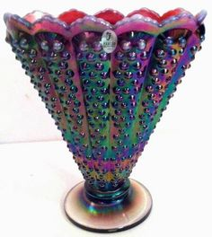 Fenton Purple Carnival Hobnail Iridescent Glass Art Vase Very Rare. Some beautiful succulents would vertainly compliment the holographic hues! Fenton Glassware, Antique Glassware, Cut Glass, Glass Art, Purple Glass, Deco Table, Carnival Glass, Glass Collection, Metallica