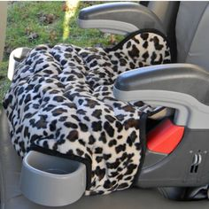 This Cheetah Print has been a favorite and I am presently adding a little more color to it by trimming it with pink and making matching arm covers.  #caraccessories #gracoturbo #cheetah #boostercover #replacementcover