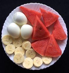 """มื้อเช้าค่ะทุกคน""""ไข่ต้ม๓ฟอง กินไข่แดงแค่๑ฟองนะคะ แตงโม กล้วยหอม๑ลูกค่ะ หลักการกินของพี่คือกินแตงโมก่อน ตามด้วยกล้วย และค่อยกินไข่ต้มนะคะ 😊😋 #อาหารคลีน#อาหาร#อาหารไทย#ทำง่าย#อาหารคลีนเพื่อสุขภาพ #อาหารเพื่อสุขภาพ#อาหารลดน้ำหนัก #อาหารควบคุมน้ำหนัก#คลีน#อาหารง่ายๆ#อร่อย#อาหารคลีนของพิมพ์รภัช#พิมพ์รภัชกินวนไปค่ะ#140262#easycooking#cleanfood#healtyfood#thaicleanfood#cleaneating#foodshare#homemade#delicious#yummy Healthy Diet Tips, Healthy Eating Recipes, Low Calorie Recipes, Healthy Snacks, Food Alert, Healthy Breakfast For Weight Loss, Good Food, Yummy Food, Food Crush"""