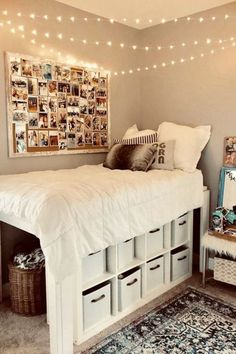 Room Decor Discover DIY Dorm Room Ideas - Dorm Decorating Ideas PICTURES for 2020 Cute Do It Yourself Dorm Room Ideas and DIY Dorm Room Hacks We Love Clever and creative college dorm room organization and decorating ideas smart DIY ideas Cute Room Decor, Teen Room Decor, Bedroom Ideas For Small Rooms For Teens For Girls, Bedroom Ideas For Small Rooms Diy, Beds For Small Rooms, Cool Rooms For Teenagers, Cool Home Decor, Small Room Storage Ideas, Cool Bedroom Ideas