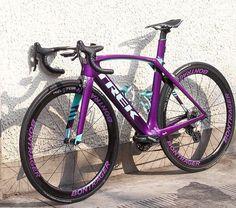 """""""Mi piace"""": 3,704, commenti: 24 - @t0p_bikes™ %#t0pbikes  (@t0p_bikes) su Instagram: """"CL T R E K #Madone9 __  by Mr. David ⚏⚎⚍⚌⚏⚎⚍⚌⚏⚎⚍⚌⚏⚎⚍⚌⚏⚎⚍⚌ %#t0pbikes   #ironMANtri  …"""""""