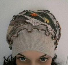 Guarda questo articolo nel mio negozio Etsy https://www.etsy.com/it/listing/570182906/cappello-di-lanaupcycled
