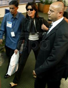 Princess Caroline arriving in Manila