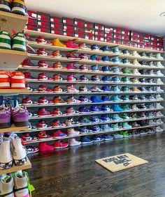 Cute Nike Shoes, Cute Sneakers, Nike Air Shoes, Nike Socks, Shoes Sneakers, Zapatos Nike Jordan, Zapatos Nike Air, Jordan Nike, Jordan Shoes Girls