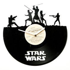 Creative gift for a Star Wars fan - a handmade vinyl clock.
