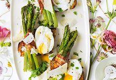 Spargelbrot mit Speck und pochiertem Ei Brunch, Asparagus, Green Beans, Vegetables, Food, Egg Benedict, Easy Meals, Food And Drinks, Studs