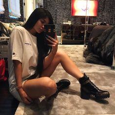 Despite Parting Ways, Kylie Jenner Is Nice Enough To Promote Tyga's New Music - http://oceanup.com/2017/04/04/despite-parting-ways-kylie-jenner-is-nice-enough-to-promote-tygas-new-music/