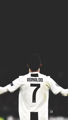 CR7 Messi Vs Ronaldo, Ronaldo Football, Cristiano Ronaldo Cr7, Juventus Fc, Team 7, Cr7 Wallpapers, Soccer, Sports, Arabic Quotes
