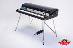 pin tillagd av cameron piano p piano pinterest. Black Bedroom Furniture Sets. Home Design Ideas