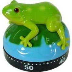 unique kitchen timers Cute Kitchen, Awesome Kitchen, Kitchen Dining, Kitchen Decor, Kitchen Stuff, Egg Timer, Kitchen Timers, Green Frog, Frog And Toad