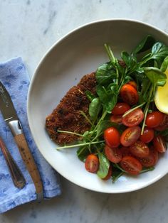 Pork Milanese, a quick & easy weeknight meal. | www.injennieskitchen.com