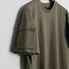 벌칸 BERKHAN 15SS  더블 포켓 티셔츠 - 카키  디테일 컷 반팔