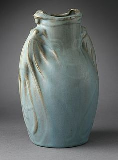 aleyma:    Van Briggle Pottery, Vase, 1907 (source).