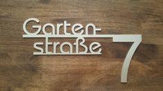 Hausnummer+mit+Straßennamen+von+Bergfrieden-steel+auf+DaWanda.com