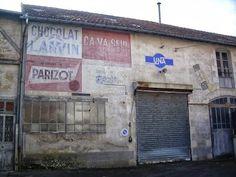 GeoDaszner chronique la Nièvre: Devinette: où trouve-t-on ce mur si particulier?