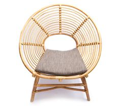 http://69.89.31.94/~idreamp3/wp-content/uploads/2012/05/ringo-low-rattan-chair-haus-interior.jpg