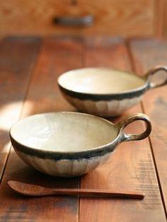 Черный Ву и эфирных косметических средств, и прочих изделий круглого суп кружка