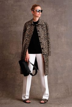 Michael Kors Collection Pre-Fall 2015 Fashion Show Collection: See the complete Michael Kors Collection Pre-Fall 2015 collection. Look 15 Cheap Michael Kors, Michael Kors Outlet, Handbags Michael Kors, Mk Handbags, Cheap Handbags, Cheap Bags, How To Have Style, My Style, Style Blog