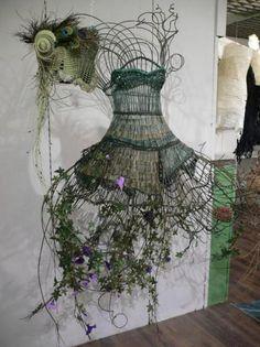 id e originale comment faire son arbre de no l avec son buste de couture arbres de no l. Black Bedroom Furniture Sets. Home Design Ideas