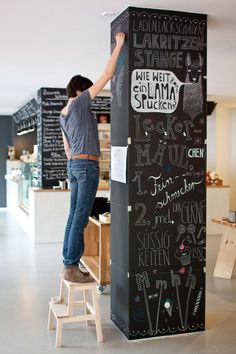 some great and creative examples that you might use in your interior and those are some Charming Chalkboard Wall Decor Ideas For More Fun. Chalkboard Paint Projects, Black Chalkboard Paint, Blackboard Wall, Kitchen Chalkboard, Chalkboard Decor, White Chalk, Pillar Design, Divider Design, Column Design
