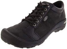 Crocs Baya Lined BlackBlack, Fully molded Croslite shoe with fixed fuzzy liner