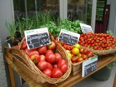 Naturkost St. Josef, M-Fr 8am-5pm, Sat 8am-4pm Places To Eat, Vienna, Restaurants, Vegetables, Food, Meal, Eten, Restaurant, Vegetable Recipes