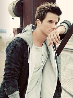 Matt Lanter- One reason I can't wait for 90210 to start back up!