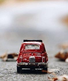 Miniature Photography, Fruit Photography, Toys Photography, Miniature Cars, Beautiful Flowers Wallpapers, Photo Images, Dark Pictures, Cute Cars, Arte Pop