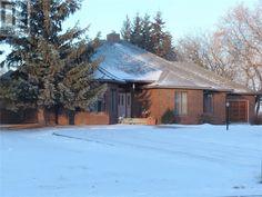4910 Times ST, Macklin, Saskatchewan  S0L2C0