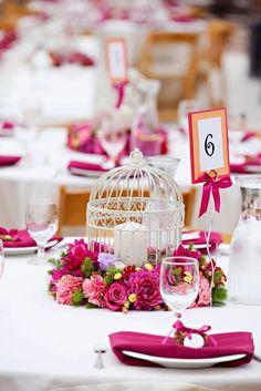 Summer Wedding Centerpiece Ideas For Unique Wedding Decorations. http://simpleweddingstuff.blogspot.com/2014/11/summer-wedding-centerpiece-ideas-for.html