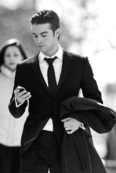 nothing like a well dressed man...(chase crawford)