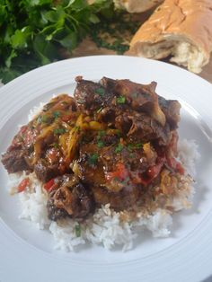 Braised Oxtails - Coop Can Cook Southern style Oxtails seasoned in Jamaican spices, braised in red wine, and slow cooked to perfection! Meat slides off the bone. Oxtail Recipes Crockpot, Crockpot Recipes, Cooking Recipes, Beef Meals, Cajun Recipes, Cooking Videos, Cooking Tips, Braised Oxtail, Recipes