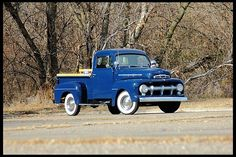 1951 Ford F1 Pickup  239/106 HP, 3-Speed, Oak Bed