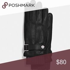 Men's Coach gloves Nice pair of 3 in 1 gloves Leather Lining: 70% wool, 30% cashmere Gloves can be worn as Leather only; As Wool only; OR with wool inside! 3 Gloves in 1 Size Large Coach Accessories Gloves