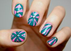 Excellent Geometric Patterns Nail Art Design Ideas With Pink And Green Colors Also Star Rhinestone Ornaments Star Nail Art, Star Nails, Gel Nail Art, Nail Polish, Nail Nail, Two Color Nails, Nail Colors, Pink Nails, My Nails