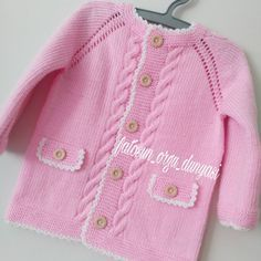 No photo description available. Baby Cardigan, Knit Cardigan Pattern, Baby Pullover, Love Knitting, Baby Knitting Patterns, Girls Sweaters, Baby Sweaters, Crochet Baby, Knit Crochet