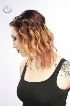 Boost your shoulder length hair to the next level by getting a new hairstyle. If you're stuck for ideas on shoulder length hairstyles, let us come to the rescue! This list has some of the hottest hairstyles of the season. Latest Hairstyles, Braided Hairstyles, Wedding Hairstyles, Color Melting Hair, Shoulder Length Hair, Hair Lengths, Braids, Hair Cuts, Hair Styles