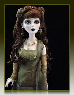 Tonner Wilde Imagination Doll  A Dark Night Evangeline Ghastly