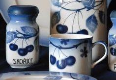 blue cherrries