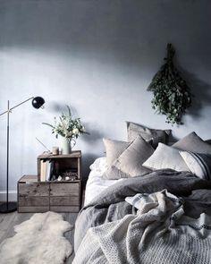 Nu inreder vi med sängen direkt på golvet – 13 inspirerande tips till ditt sovrum | ELLE Decoration