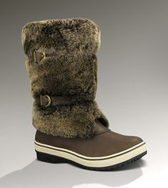 b9f365dd236624 SPONSORED  Introducing the season s hippest snow boot  the Lilyan. With a  Vildona®