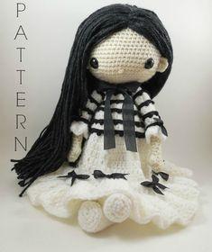 Etsy の Lana Amigurumi Doll Crochet Pattern by CarmenRent
